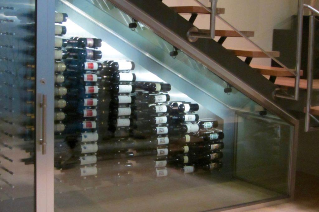 contemporary-wine-display-san-antonio-master-builders