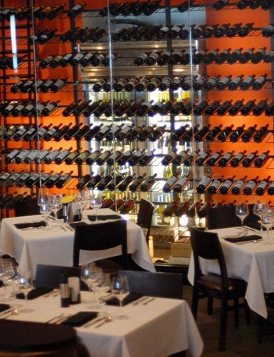 modern-restaurant-metal-wine-rack-display